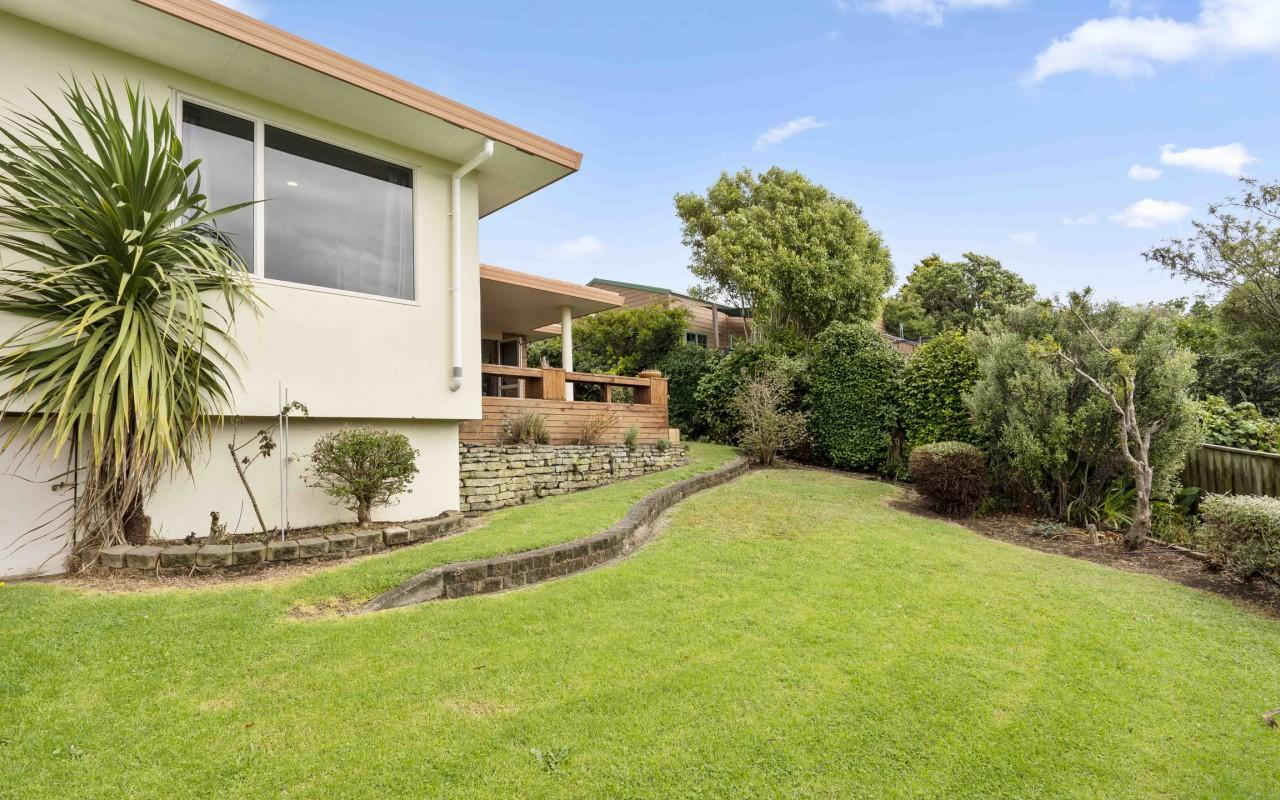90 Riversdale Drive, Merrilands, New Plymouth