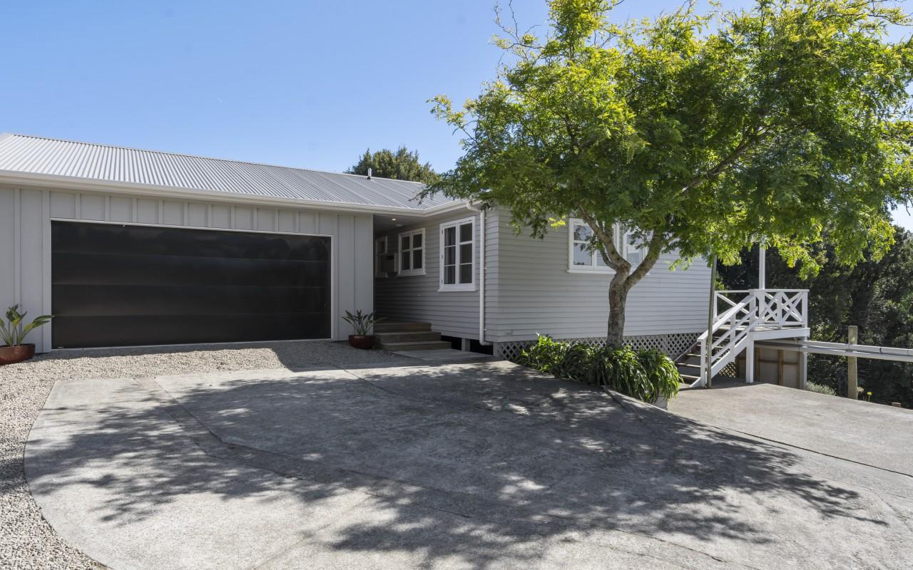 48 Clearview Road, Lepperton, New Plymouth
