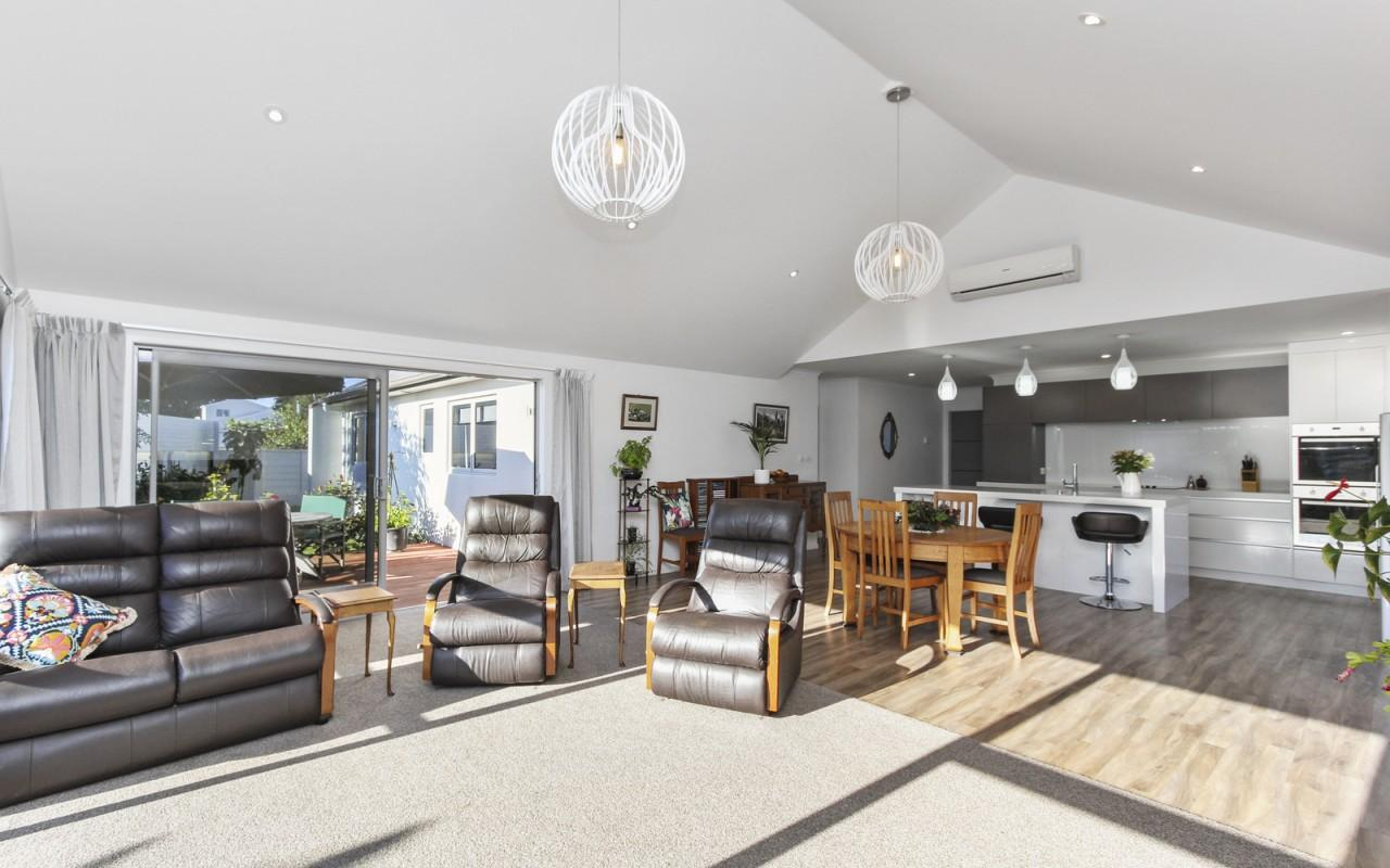 2a Portland Drive, Highlands Park, New Plymouth