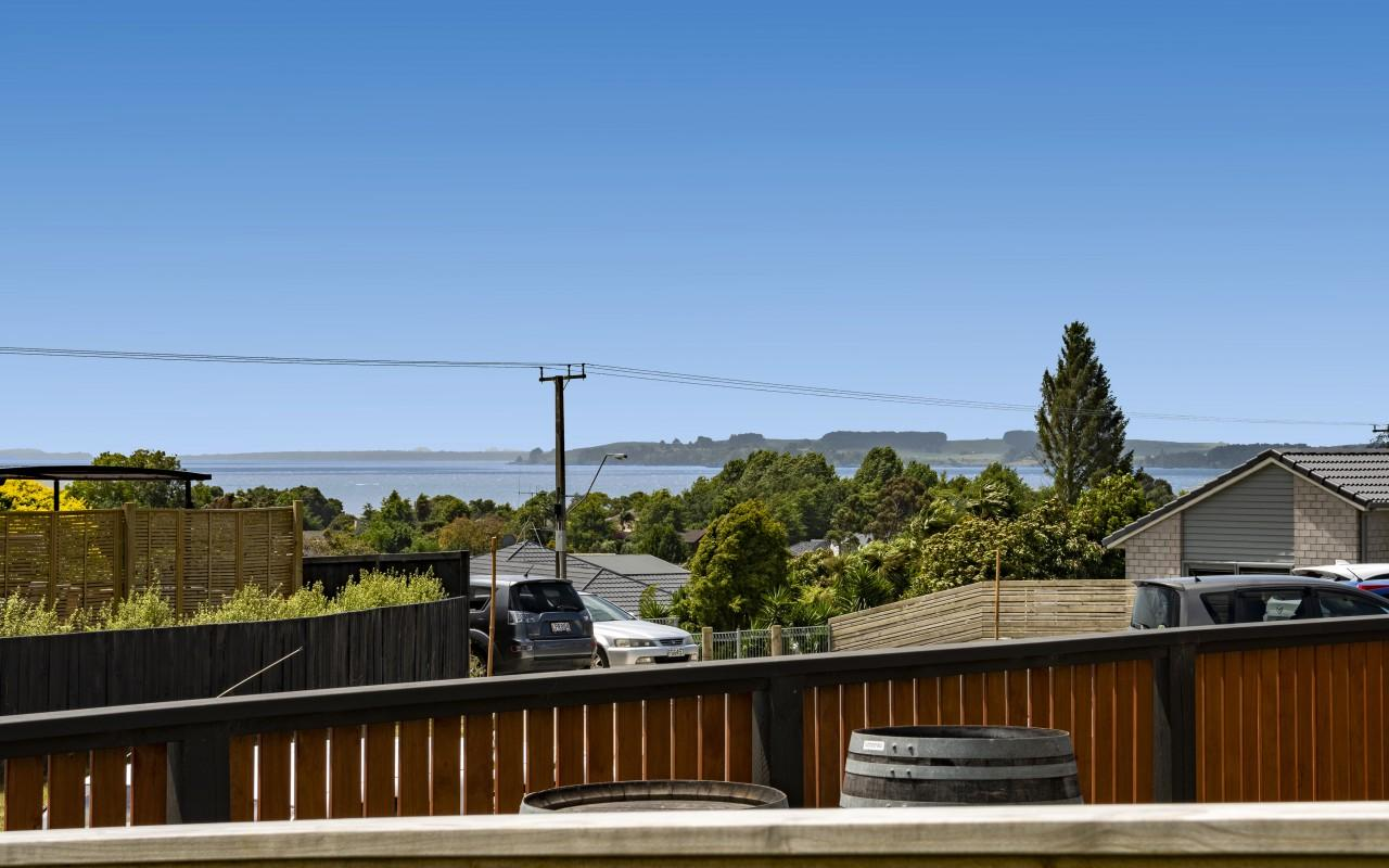 80 Bert Wall Drive, Omokoroa, Western Bay Of Plenty