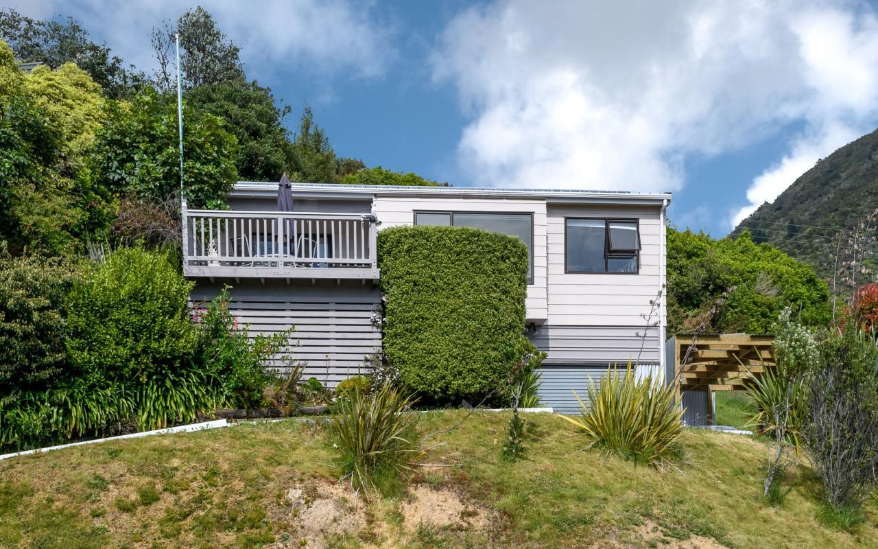 18 Webster Place, Picton, Marlborough
