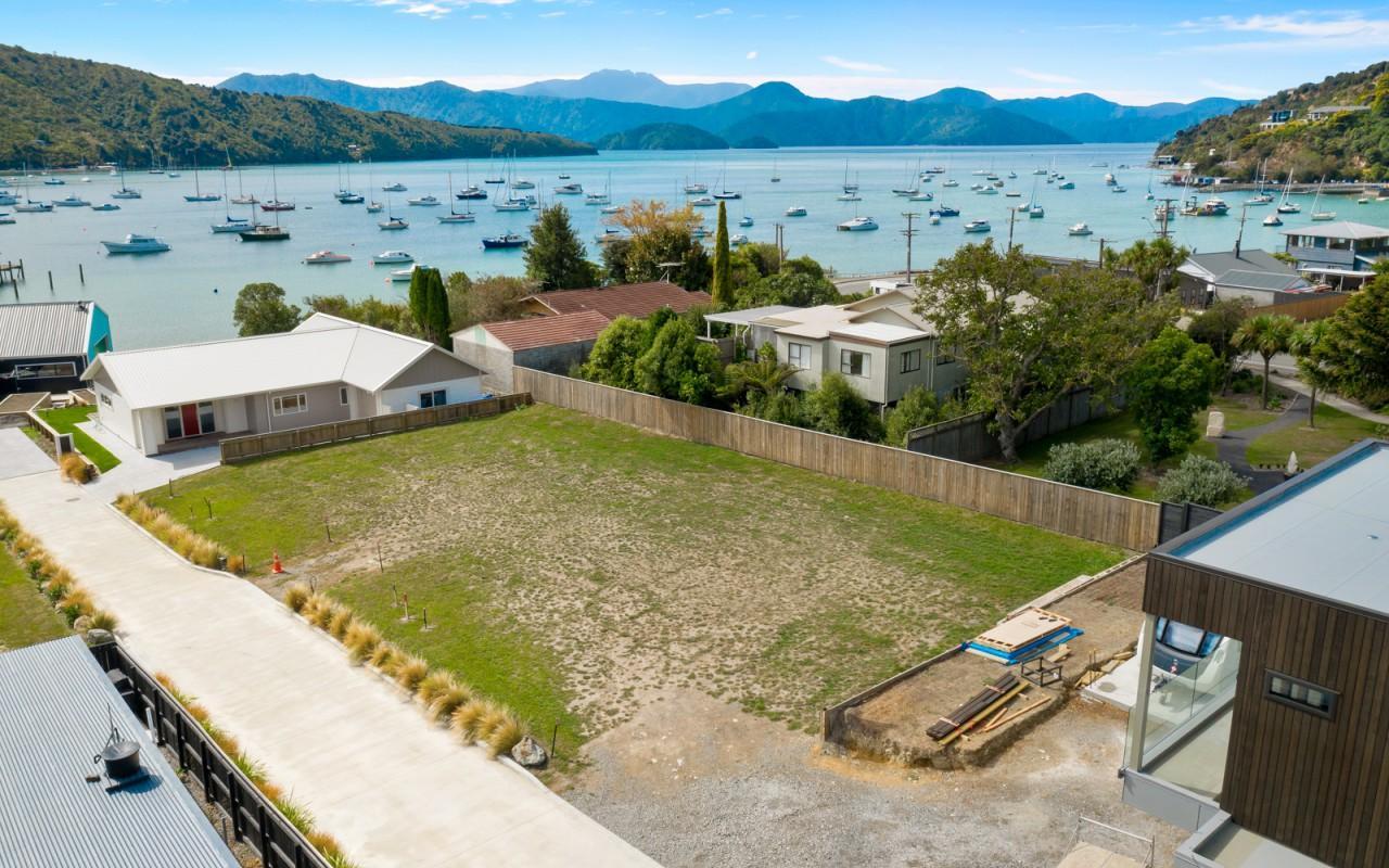 4,6 and 5 Whaitere Place, Waikawa, Picton