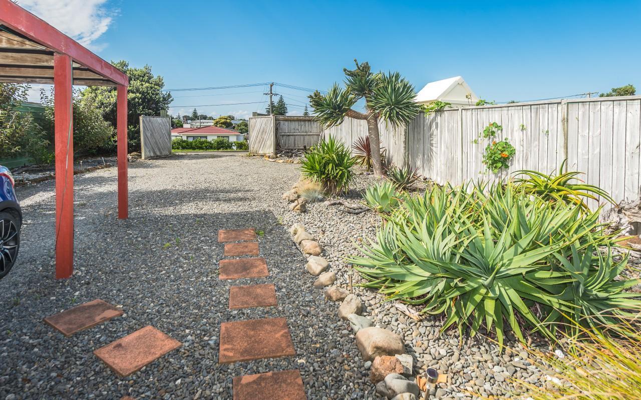 4 Seafront Road, Castlecliff, Wanganui